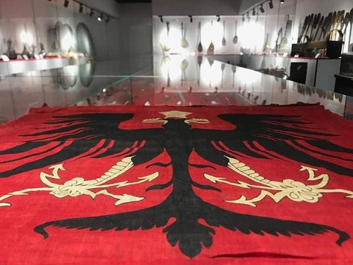 Muzeu etnografik lezhes